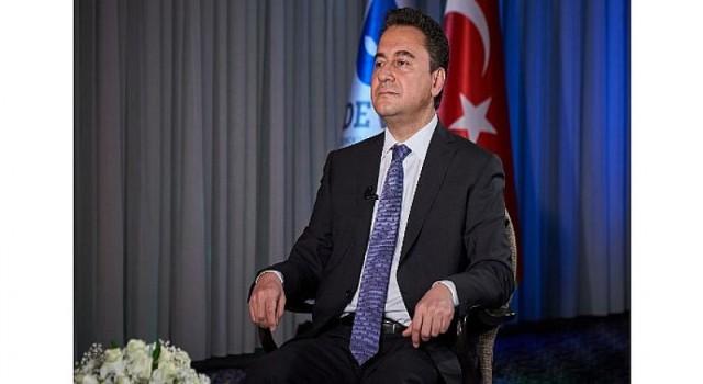 Sayın Erdoğan ölçülü hareket etsin, siyasi rekabete dinimizin kutsallarını bulaştırmasın