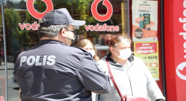 Uşak'ta korona virüs denetimlerinde 427 kişiye 384 bin 300 TL para cezası kesildi