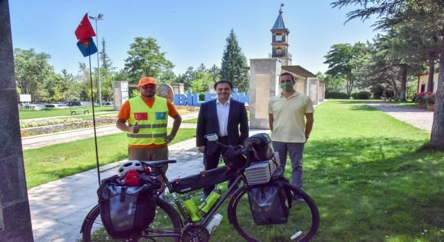 Bisikletiyle 2 bin 500 kilometrelik yol kat edecek