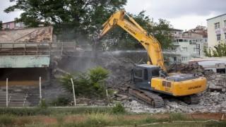 Cebeci İnönü Stadyumu'nun yıkımına başlandı
