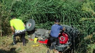 Dereye uçan traktörün 19 yaşındaki sürücüsü hayatını kaybetti
