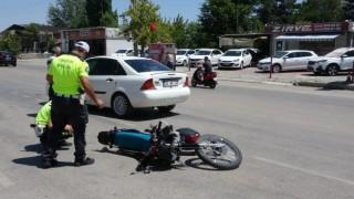 Isparta'da otomobil ile motosiklet çarpıştı: 1 yaralı