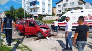 Tekirdağ'da 3 otomobil çarpıştı: 6 yaralı