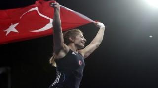 Yasemin Adar bronz madalya kazandı